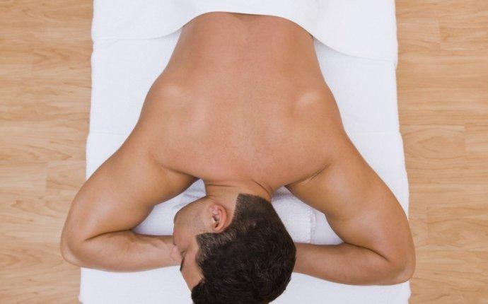 How To Trim Back Hair - AskMen